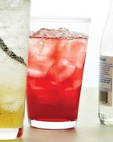 Green-Tea Cranberry Spritzer ~ 4 green tea bags, ⅓ cup water, ⅓ cup sugar, ½ cup chilled unsweetened cranberry juice, Ice, 3 cups chilled seltzer