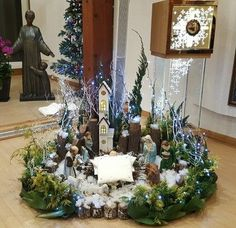 ... Festival Decorations, Christmas Decorations, Table Decorations, Holiday Decor, Christmas Nativity, Christmas Tree, Sharon Stone, Christmas Projects, Christmas Ideas