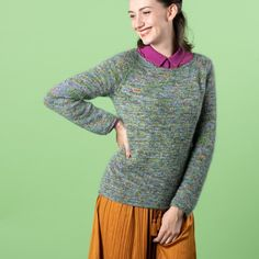 Behöver du en ny, skön tröja som passar till allt, att värma dig i? Då är Uda - Tröja perfekt! Med sin enkla design passar den till nästan alla tillfällen och kan stylas med ett par jeans såväl som över en klänning. Merinoullen gör den mjuk och skön även för de med känslig hud.  Material: Unicorn, Kid Silk. Stickfasthet: 18 maskor och 25 varv = 10 cm med 2 trådar på 5 mm sticka och i slätstickning.  #hobbiidesign #stickadtröja #hobbiiuda #hobbiiunicorn #hobbiikidsilk Jumper Patterns, Easy Knitting Patterns, Free Knitting, Knit Or Crochet, Crochet Hooks, Sweaters For Women, Men Sweater, Labor, Circular Needles