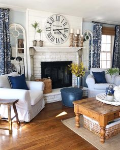 We are feeling the lately and by blues we mean this blue living area belonging to finishingtouchdecorbyjenny ! find home decor items to create your perfect cozy corner at decorsteals com Home Living Room, Blue Home Decor, Farm House Living Room, Blue Living Room, Home, House Interior, Rustic Living Room, Living Decor, Home And Living