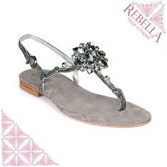 ⊰⊰ La natura umana non è in bianco e nero, ma nero e #grigio. ⊱⊱ - Graham Greene - www.RebellaShoes.it #fashion #style #stylish #love #me #cute #photooftheday #beauty #beautiful #instagood #instafashion #pretty #girly #girl #girls #sandals #shoes #styles #outfit #purse #jewelry #shopping
