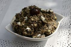 Une petite tartinade pour l'apéro à la feta et aux olives, pour changer un peu des tapenades classiques. On peut servir la tamenade avec des toasts de pain grillé ou des batonnets de légumes (concombres, courgettes, tomates cerises,...). Cette recette...