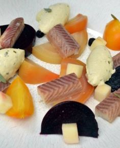 Smoked eel, tarragon mustard cream & baby beetroots Eel Recipes, Starters, Tuna, Mustard, Cheese, Smoke, Dishes, Contemporary, Cream
