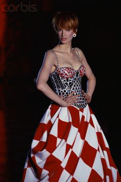 Kristen McMenamy in Versace, 1995