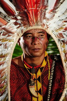 The Kaxinawá people (Huni Kuin) are an indigenous people of Brazil and Peru.
