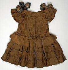 1853 American silk dress.