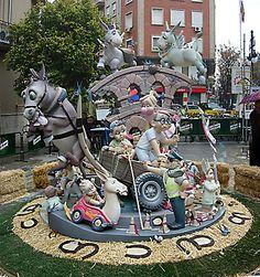 """Falla Infantil Regne Valencia. Año 2010. Título: """"Con B de burro"""". Artista: Pedro M. Rodriguez. Premio: 10º seccion especial.     Cortesía: www.fotosfallas.com Valencia (España)."""