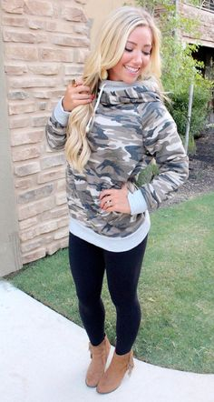 Double Hoodie Sweatshirt (Camo)