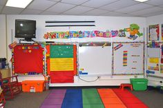 Great pictures and ideas for classroom organization and decoration.