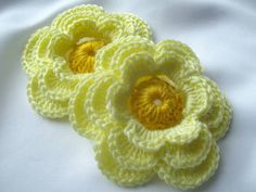 dantelden çiçek motifleri
