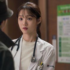 Lee Sung Kyung Doctors, Romantic Doctor, Arin Oh My Girl, Drama Movies, Korean Actors, Korean Drama, Kdrama, Medical, Actresses