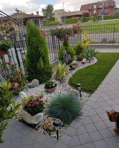 Front Yard Garden Design, Front Garden Landscape, Garden Yard Ideas, Backyard Garden Design, Small Garden Design, Yard Design, Backyard Ideas, Small Front Yard Landscaping, Backyard Landscaping