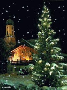 Merry Christmas & Happy New Year ! Christmas Scenery, Merry Christmas And Happy New Year, Christmas Pictures, Beautiful Christmas, Winter Christmas, All Things Christmas, Vintage Christmas, Christmas Time, Holiday