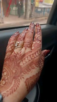 Rose Mehndi Designs, Henna Tattoo Designs Simple, Back Hand Mehndi Designs, Stylish Mehndi Designs, Latest Bridal Mehndi Designs, Mehndi Designs For Girls, Mehndi Designs For Beginners, Mehndi Design Photos, Wedding Mehndi Designs