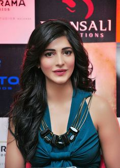 Shruti Haasan opted for a knotted shirt and harem pants, Girl Celebrities, Bollywood Celebrities, Bollywood Girls, Bollywood Actress, Beauty Full Girl, Beauty Women, Shruti Hassan Images, South Indian Actress, South Actress