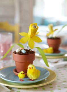 Karin Lidbeck: Kids Easter table - Cake and Chocolate Daffodils