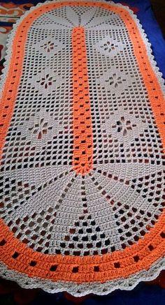 Free, Easy Crochet Sweater Pattern - A Cardigan Made from 2 Hexagons! Filet Crochet, Irish Crochet, Crochet Stitches, Crochet Table Runner, Crochet Tablecloth, Unique Crochet, Vintage Crochet, Easy Crochet, Crochet Home