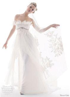 Wedding Gowns from Yolan Cris Renacimiento Collection | Wedding Inspirasi