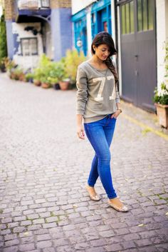 Mimi Ikonn Back To School Easy and Simple Outfit Idea - Beautiful Embellished Sweatshirt & Skinny Jeans