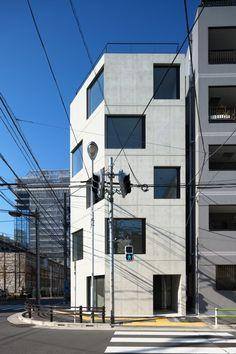 Damier / APOLLO Architects & Associates
