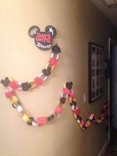 Vacation countdown Disney paper chain Days until Disney