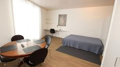 Furnished 1.5 room apartment - Rue de Montbrillant 21-21 bis   2000  CHF ###Furnished 1.5 room apartment to long term rent.  Min stay 3 month.  Located in Montbrillant area. Close to the train station, downtown and public transport.  Pleasant studio including:   - a living