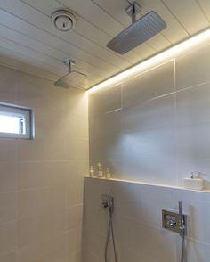 Villa Kuusikko's led strip is a perfect lighting solution for bathroom! Interior Lighting, Home Lighting, Lighting Design, Lighting Ideas, Nordic Home, Interior Decorating, Interior Design, Lighting Solutions, Strip Lighting