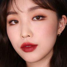 "History of eye makeup ""Eye care"", in other words, ""eye make-up"" has long been Monolid Makeup, Dark Eye Makeup, Asian Eye Makeup, Dramatic Eye Makeup, Hooded Eye Makeup, Colorful Eye Makeup, Eye Makeup Art, Natural Eye Makeup, Beauty Makeup"