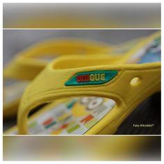 auf Knibbli.com Flip Flops Minions Serie Unique Gr 28 - 35 #Minion #Minions #Unique #Serie #Film #TV #Kino #Kindergarten #Vorschule #Grundschule #Sommer #Strand #Freizeit #Fun #Spaß #Präsent #See #Pool #Bad #Kinder #Kind #Schwimmhalle #Baden #FlipFlop #Flipflops #Flip-Flop #Flip-Flops #Flip #Flop #Flops #Sandale #Badelatschen #Zehenlatsche #Zehengreifer #Zehenpantolette #Zehensandale #Zehenstegsandale #Zehentanga #Badeschuh #Badesandale #Schwimmhallenlatschen #Schwimmschuh #Schwimmlatschen