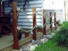köysiaita - Google Search Diy Outdoor Wood Projects, Outdoor Furniture Plans, Deck Railing Design, Deck Railings, Rope Railing, Outdoor Privacy, Outdoor Landscaping, Beach Hut Shed, Decking Fence