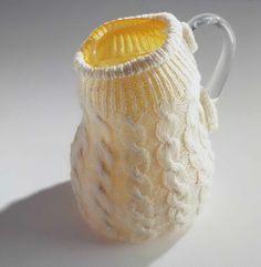 Maria Roosen, 'Kan met kabeltrui', 1996, Textielmuseum.nl