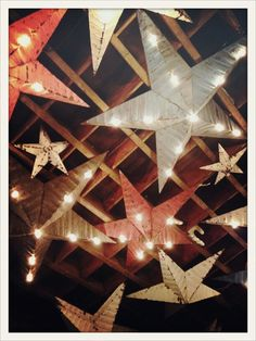 Étoiles lumineuses . Ducotedudesign.com