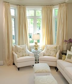 bay window with chairs and curtains - Bay Window Ideas Living Room