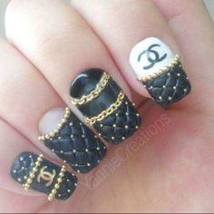 Press On Nails Designer Inspired Logo Quilted Chanel by YannieCreations/Dorothy Johnson