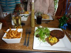 Veggie meals from the Veggie Red Lion, Suffolk