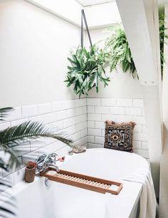 Home Decor Design // Bathrooms I Dream Of // Light & Airy