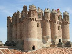 The castle was built Built in 1453 by Don Alonso de Fonseca and formed, along with Cuellar, Arevalo and Olmedo, a strategical square of much importance to Spain. Coca Castle is one of the most important and beautiful castles in Spain.