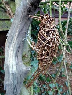 Woodpecker Willow Sculpture