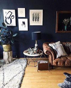 Stylish Black Accent Walls Bedrooms Ideas 03 3 - Home Interior and Design Dark Accent Walls, Accent Wall Bedroom, Blue Bedroom, Living Room Inspiration, Home Decor Inspiration, Decor Ideas, Room Ideas, Wall Ideas, Decorating Ideas