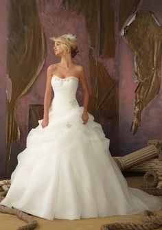A-Line Sweetheart Beading Wedding Gown - Uniqistic.com
