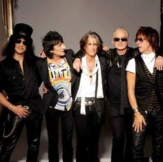 Slash, Ronnie Wood, Joe Perry, Jimmy Page and Jeff Beck