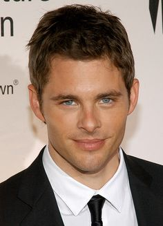 James Marsden - I first discovered him as the sexy and bold Kevin in 27 Dresses. The man has the most amazing blue eyes, adorable face, and he can sing.