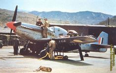 Flying Cheetahs: SAAF Mustangs in Korea The Mustang and the SAAF did not meet for the first time in Korea. Early models of this Briti. Air Force Aircraft, Ww2 Aircraft, Fighter Aircraft, Military Aircraft, Fighter Jets, Military Weapons, Time In Korea, South African Air Force, Korean Air