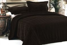 Coffee/Chocolate 3 Pcs Micromink Sherpa Fur Throw Blanket Bedspread Full/Queen Dahdoul http://www.amazon.com/dp/B00711W4BO/ref=cm_sw_r_pi_dp_NZV9tb13WT4WT