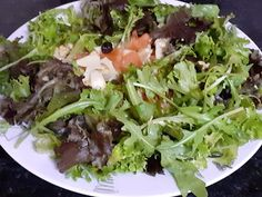 ♥ Mimos de Mãe ♥: Salada de Outono Chocolate, Mexican, Ethnic Recipes, Food, Fall Salad, Salads, Ethnic Food, Essen, Chocolates
