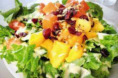 Especialistas recomiendan comer estas ensaladas en épocas de calor