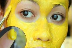 The golden mask of India makes your skin look years younger and removes dark Spots, acne and discolored skin. Here are the recipes for every skin type...