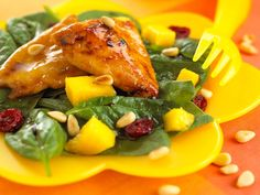 The spinach and mango salad that accompanies this dish, is one of my favourite ever salads. I love the combination of baby spinach, fresh mango and dried cranberries.