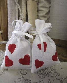 Happy Valentine's Day!! #bordal #madeiraembroidery #handmade #valentines