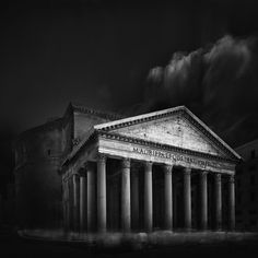 A collection of advanced tips for black and white photography that go beyond the usual generic tips. Based on the personal experience of the author.